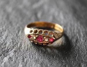 英国 ヴィクトリアン 1898年 ルビー&ダイヤモンド 22金ゴールドリング12.5号 宝石鑑別書付