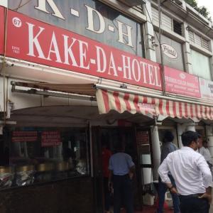 これぞ本場のバターチキン KAKE DA Hotel カケダホテル