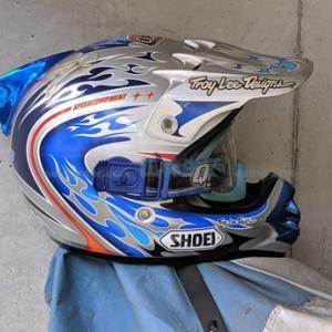 【自作】ヘルメットの内装リペアを目指す。