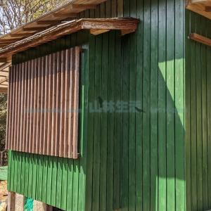 山林開拓・畑の種まきと小屋のペンキ塗り