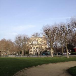 【パリ/アンヴァリッド】実物が見られる!あのナポレオンの帽子、マント、野営のベッド!そして本人が眠るお墓。