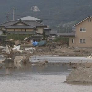 "【nhk news web】    10月24日10:37分、""""台風19号 住宅被害は6万8000棟余り(24日午前8時半)"""""