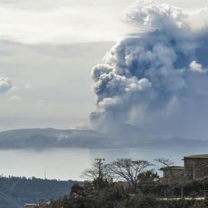 "【nhk news web】 1月19日 6時02分、""""フィリピン噴火から1週間 7万人避難 噴煙弱まるも警戒続く """""