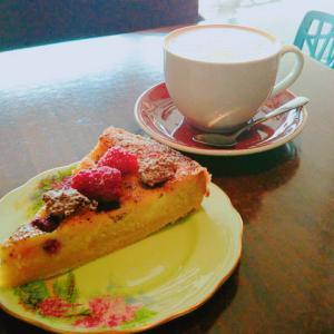 ネルソン街中の小さなカフェ「The Swedish bakery and cafe」