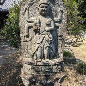 【御前神社】立派な青面金剛像がありました:群馬県渋川市上白井