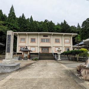 【千限寺 保呂羽堂】向拝の彫刻がすごい!:新潟県村上市