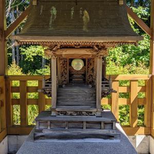 彫刻【春日神社】ダム建設のために移転されたそうです:栃木県日光市西川