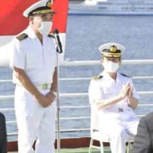 氷川丸交代式で新船長日本郵船