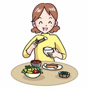 50代の女性必見!食事をよく噛んで食べるだけで健康と若々しさが手に入る。シワ・タルミ予防にも!