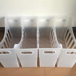 大きな鍋やフライパンは立てる収納で取り出すのも仕舞うのも簡単!