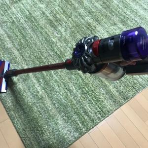 ダイソンのコードレス掃除機を買った我が家の掃除は快適になったのか?