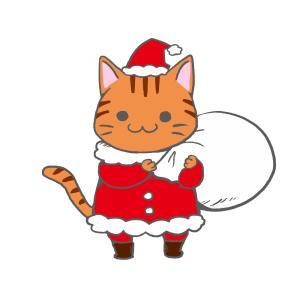 クリスマスプレゼント袋をかついだ猫サンタのイラスト(背景なしver.)