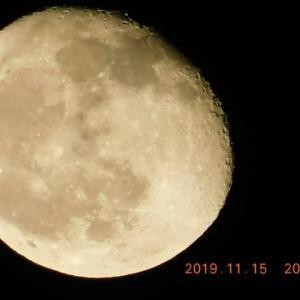 月出18時40分~月入8時29分、月が綺麗ですね!