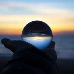 新型コロナウィルスから見える影響と予想される今後の世界とは?