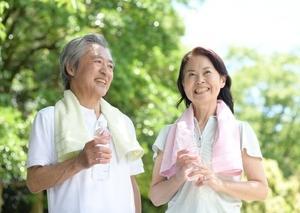 髪に老化予防の栄養を。薄毛を予防するために、抗酸化作用のある成分を摂ろう。食品に含まれる成分に注目して有効な時間帯も意識してみましょう。
