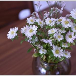 枯れない花。