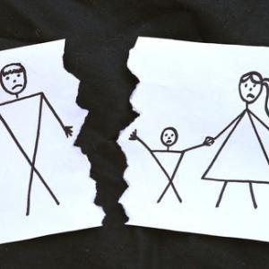 【黒い過去】母の再婚相手が気に入らなかったので、変なところを触られたと嘘をついたら義父が逮捕された