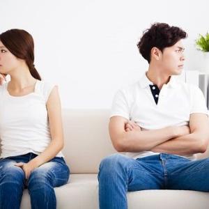 大喧嘩して夫が実家に帰ったら義母から着信来た。夫婦喧嘩に親が首突っ込むもの?