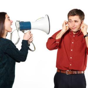 元カレ「また君に黙れ!って叱られたい。君も僕を失って後悔している頃だと思います」てめぇはSMクラブにでも行っとけ!