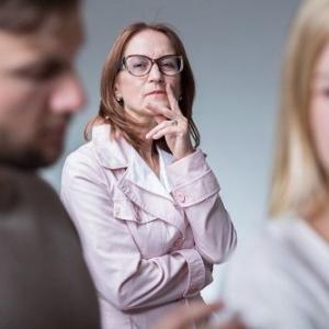何で私がウト姉から怒られなきゃいけないの?しゃしゃり出てくるな!自分の子供の干渉だけしてろや。
