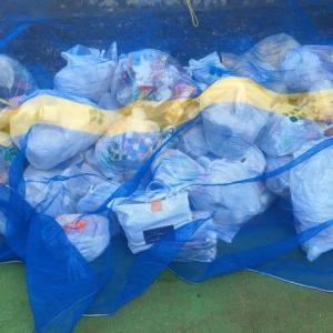 不燃物を曜日前に出したらごみ袋に貼り紙されてごみ捨てーションからほっぽり出されてた。←だったらいつも出してるヤツも注意してよ、なんで自分だけ…