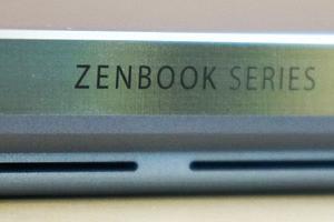 軽量とパフォーマンスを兼ね備えたノートPC「ASUS ZenBook S13」レビュー