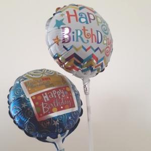 お誕生日:引き裂かれた「ペア」