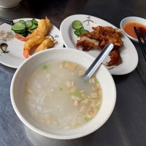 【台北】龍山寺の近くにあるお粥の美味しい店!華西街鹹粥店