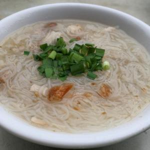 【台北】永楽市場の前で朝食に美味しい米粉湯をいただく!民樂旗魚米粉