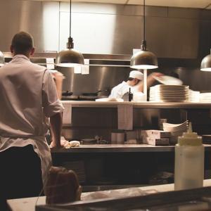 おもてなしの上達に レストランの盛り付けを真似してみる