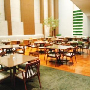 大阪マリオット都ホテルのクラブフロアに泊る 4 ~ニートのクラブ遊び。