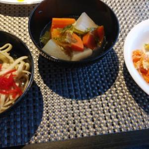 ダブルツリーbyヒルトン那覇首里城:朝食で沖縄料理を満喫!