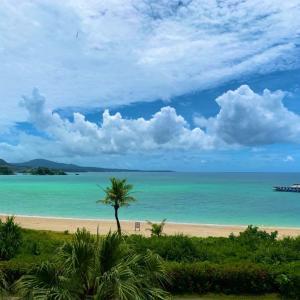 【悲報】沖縄の綺麗な海以外では満足できない身体にされてしまった件www
