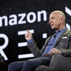 Amazonへの投資よりもVISAへの投資が安泰だと思う理由