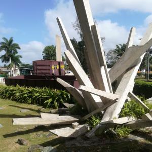 キューバ③ チェ・ゲバラの眠る街