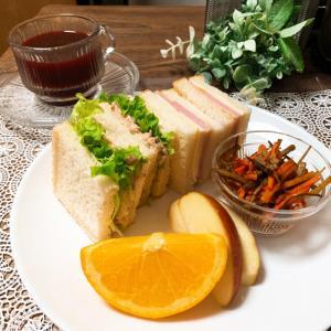 2種類のサンドイッチで朝ごはん~♪