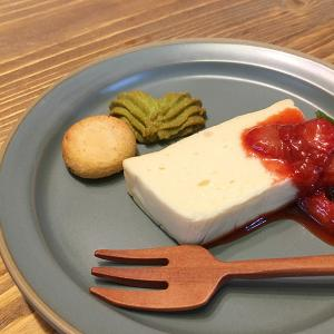 酒粕チーズテリーヌとほうじ茶パンナコッタを習う