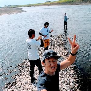 河原でFISHのアイエヌジー