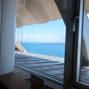 日本海を見ながら昼食 夢みなとタワーのカフェに行ってみた