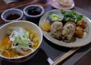 ビヨーンと手延べ麺