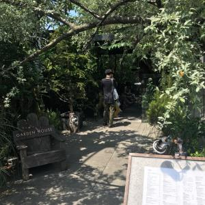 テラスもあるオシャンティな鎌倉のレストラン