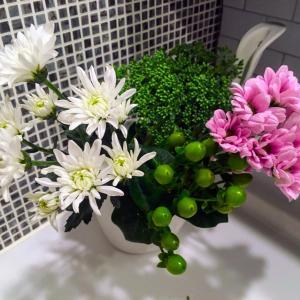 花活 −仏花でもセンス良く飾りたい−