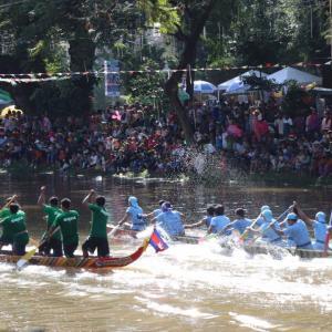 カンボジアの水祭り in シェムリアップ