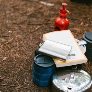 ファミリーキャンプで使う洗い物のカゴ、おススメをご紹介します。
