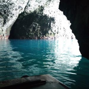 【小樽観光】船で青の洞窟ツアーを体験。おすすめ時間や船酔いするかなど