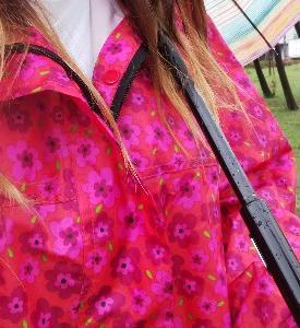【梅雨対策】レインコートを着て梅雨を楽しむことにしました。