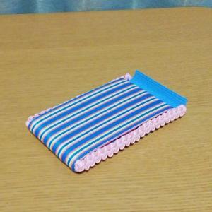 長崎県N様作品 うろこ編みアレンジ 折り畳めるスマホ・タブレットスタンドレシピ