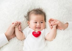 【ママはクタクタ!】 赤ちゃんの寝ぐずりは,いつまで続くの?ひどいときの対処法とは?