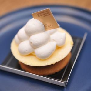 豊岡市若松町にあるケーキ屋「カタシマ KATASHIMA」のリニューアル後のケーキとプリンをいただきました!