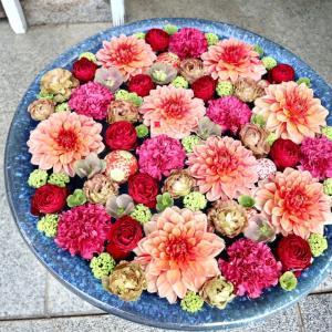 行田八幡神社の素敵な花手水